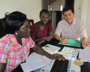 Consulting with the marketing and sales team of Editions PBA, an IFES-related publisher, in Benin.